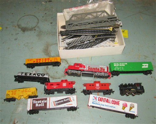 Tyco Ho Scale 5628 Diesel Engine Santa Fe Locomotive Jan 19 2020 M J Stasak Jr Auction And Appraisal Service In Nj