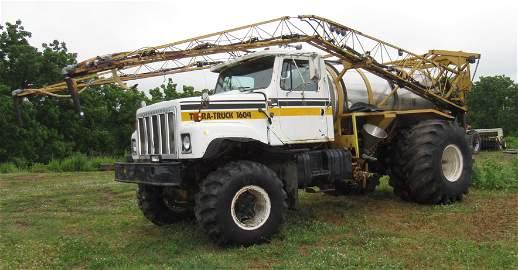 1984 Ag Chem Terra 1604 Sprayer Truck