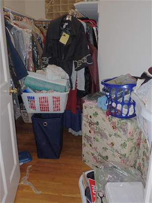 Walk in Closet Contents Incl New Clothing