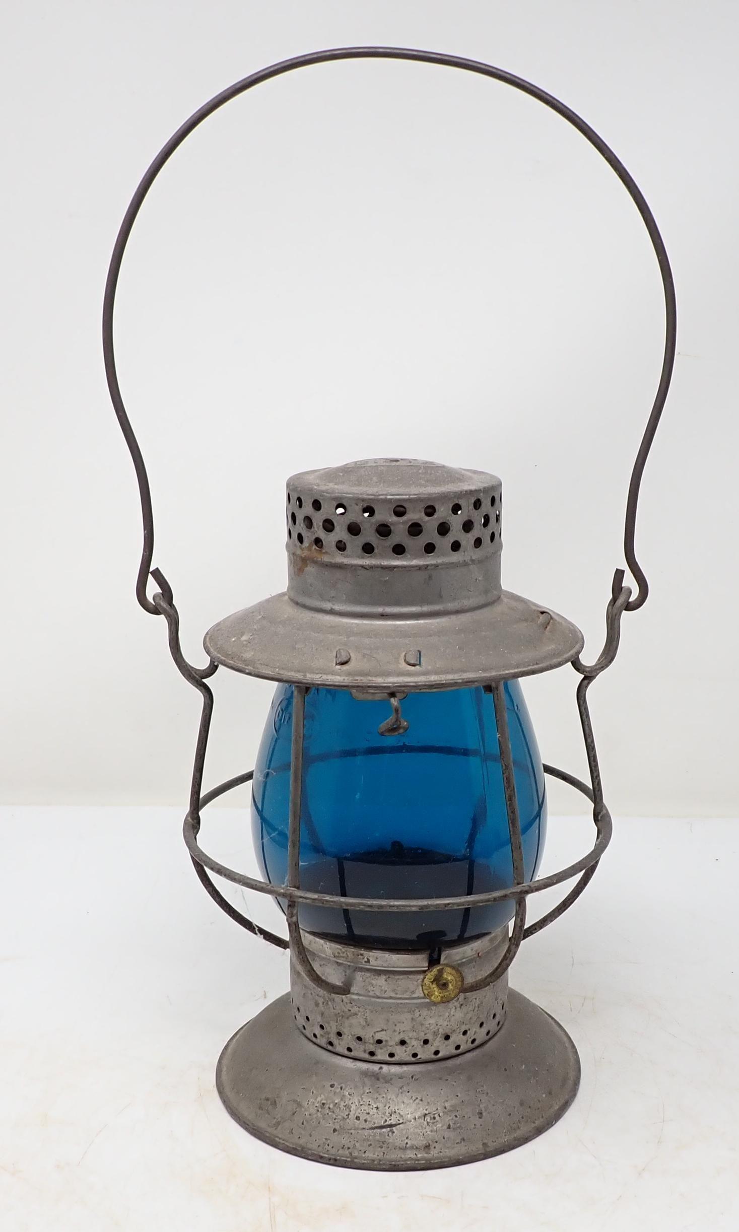 Dietz No 38 Railroad Lantern