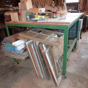 2 Workbenches