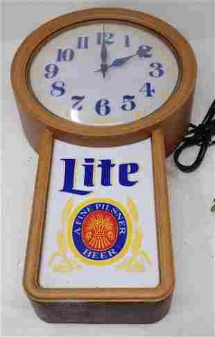 Miller Lite Beer Sign / Clock