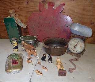 Cast Iron Dutch Oven Dog Figurines