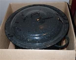 Agateware Clam Steamer Pot