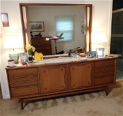 5 Pc Basset Mid Century Modern Bedroom Set