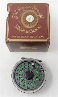 JW Young 1500 Series 1525 Fly Fishing Reel