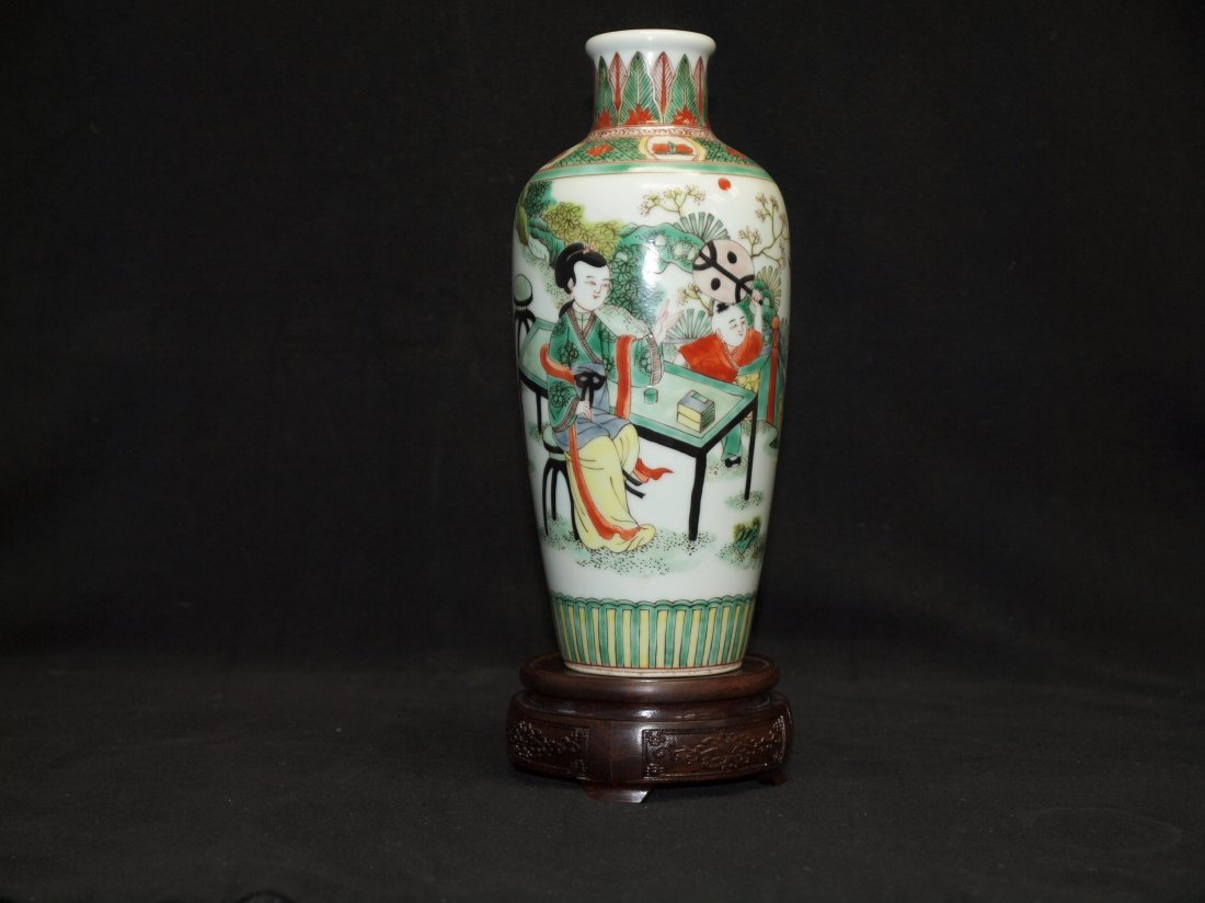 Doucai Vase with Markings - 2