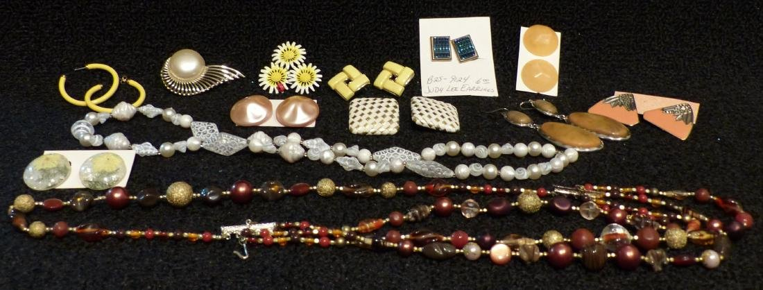 Costume Jewelry Judy Lee Earings