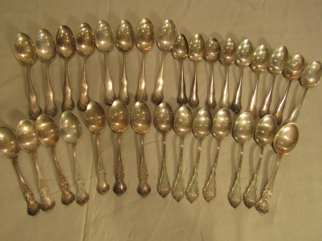 LOT 31 STERLING SILVER SPOONS