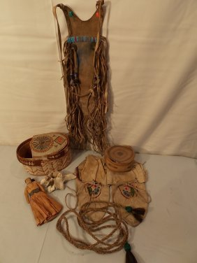 LOT ANTIQUE PLAINS INDIAN ITEMS