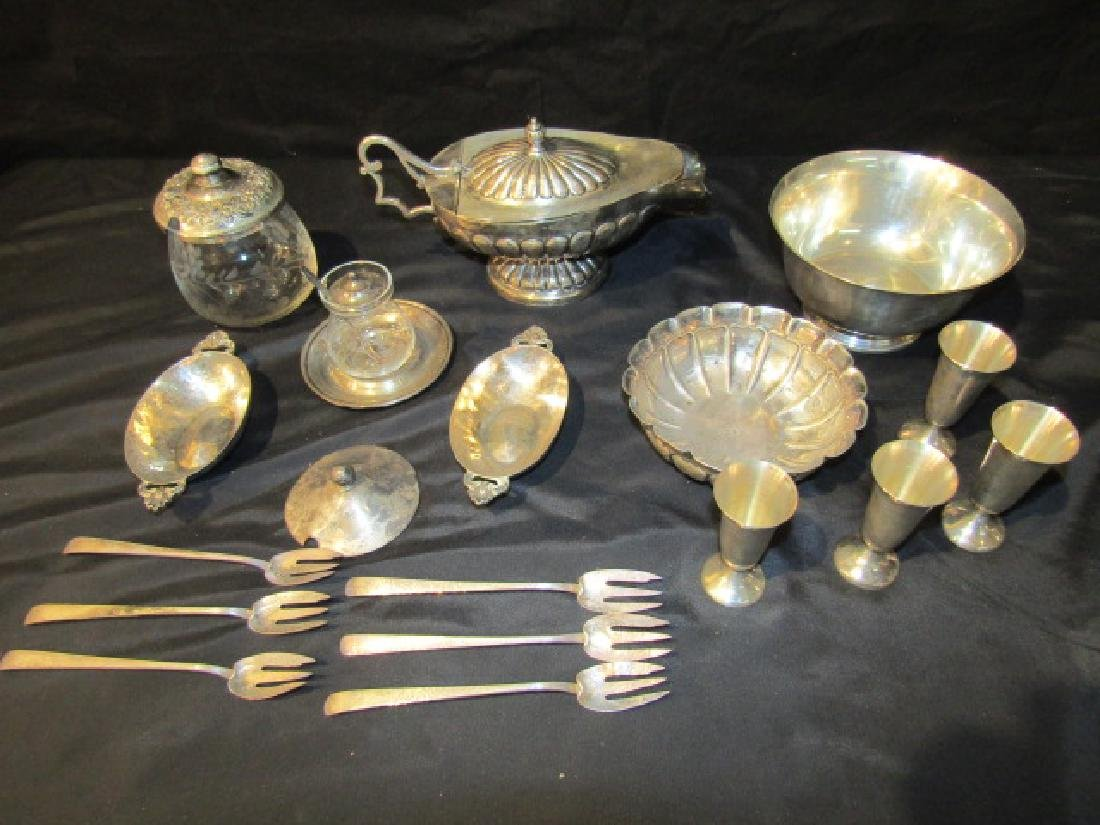 LARGE LOT STERLING SILVER TABLEWARE