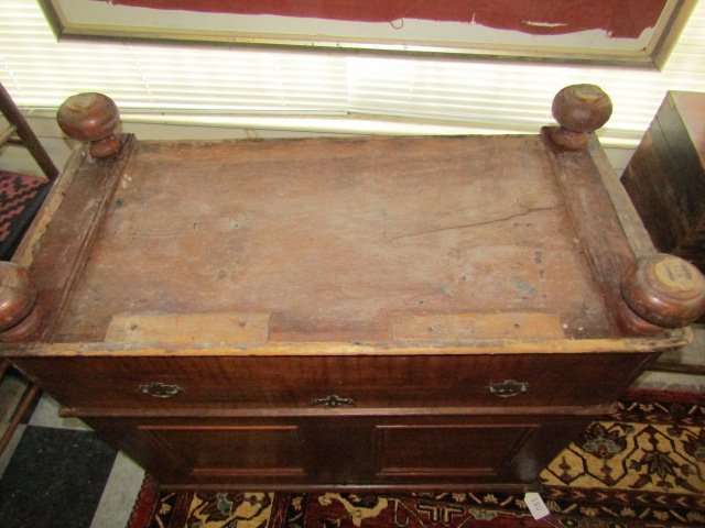 RARE 18TH C. LONG ISLAND BLANKET CHEST - 4