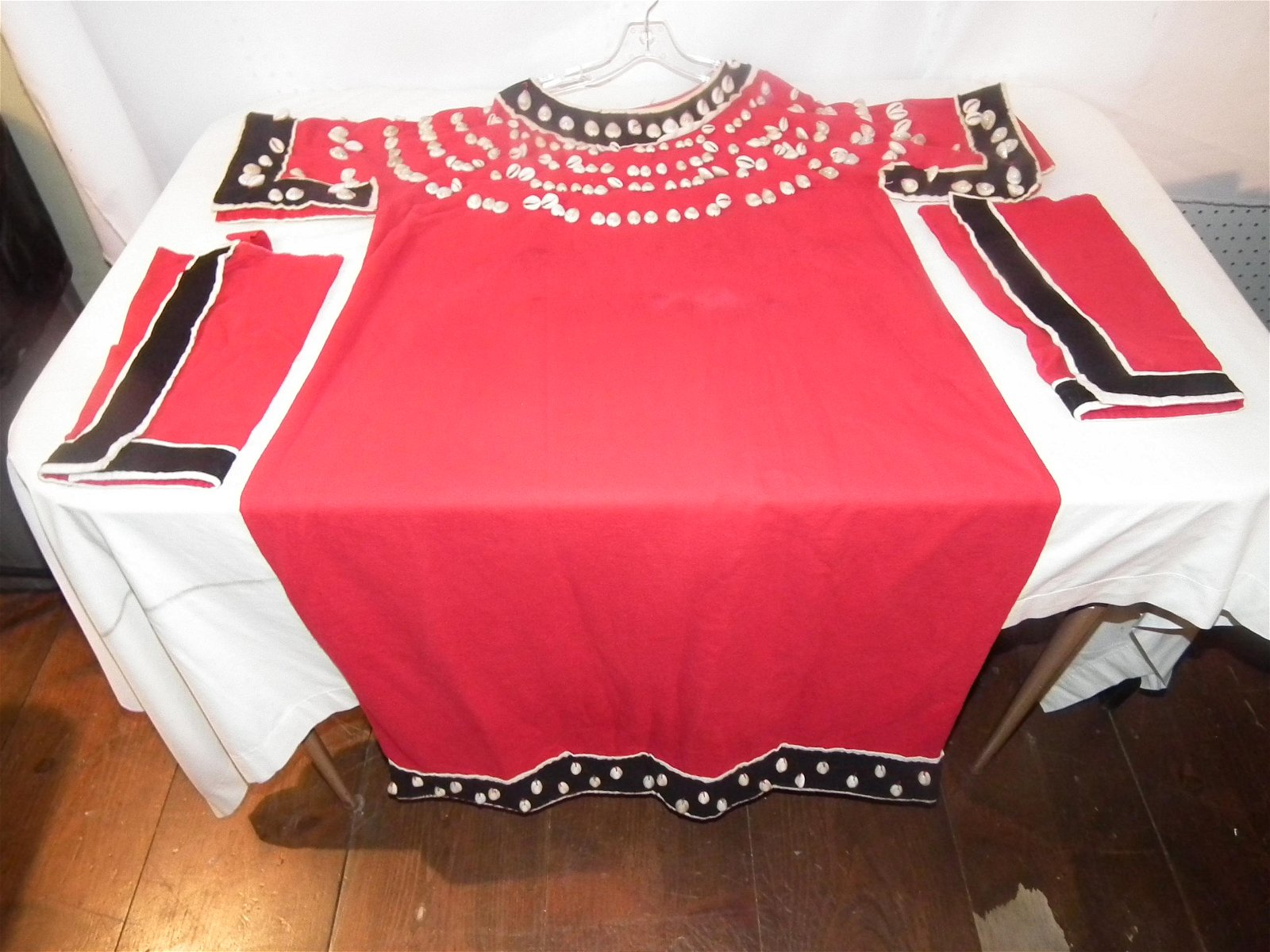 UTE INDIAN DRESS