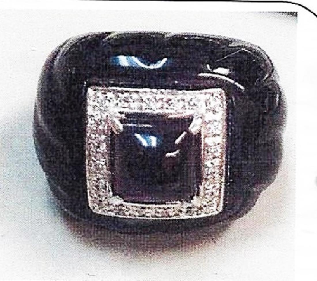 Lady's silver fancy ring