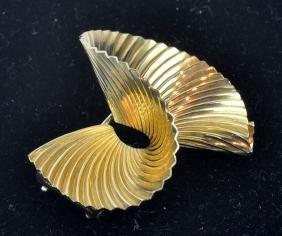 Tiffany & Co. 18kt  Yellow Gold Pin