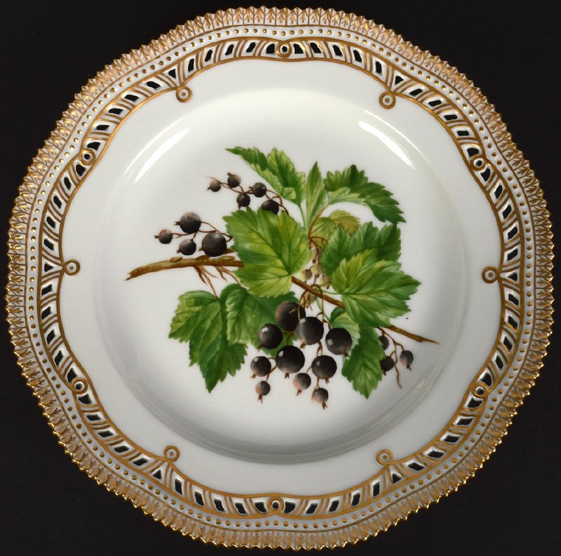 6 Royal Copenhagen Flora Danica Luncheon Plates - 10