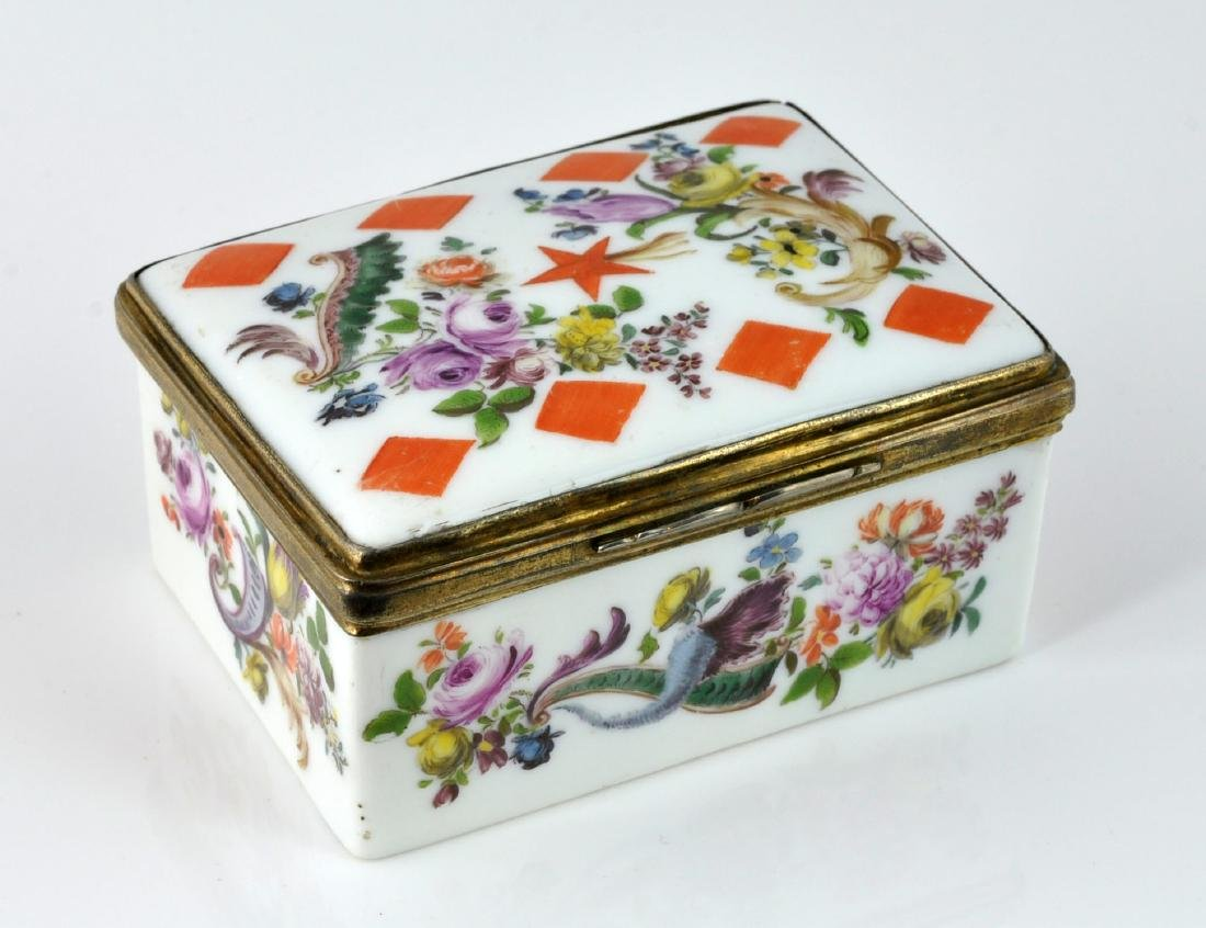 German Porcelain Comet Card Game Snuff Box - 4