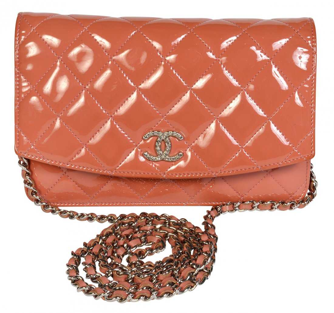 53bfee95b35c36 CHANEL Wallet on Chain in Orange Patent Leather