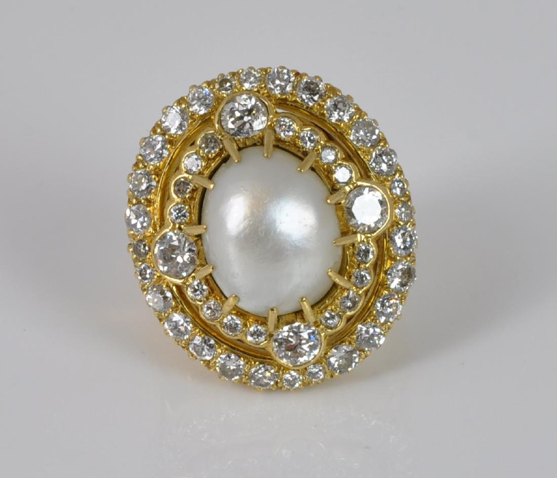 Pearl & Diamond Ring in 18kt Yellow Gold