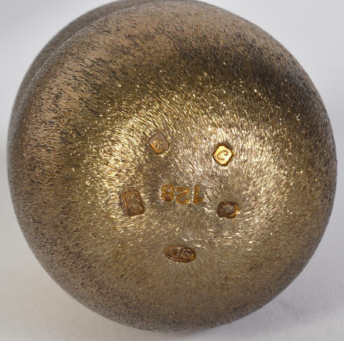 Sterling Egg by Stuart Devlin - 3