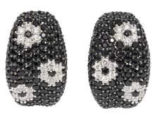 18K White Gold Diamond Flower Earrings