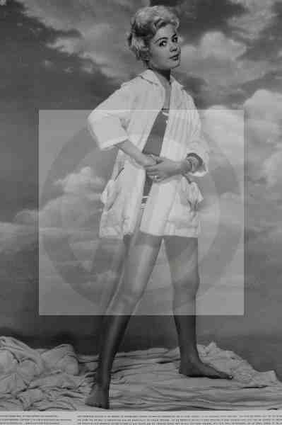 1103: CGC Photo Sandra Dee Culver Pictures Archive - 2