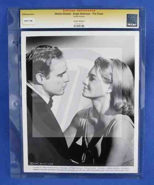 1577: CGC Photo Marlon Brando Angie Dickinson The Chase