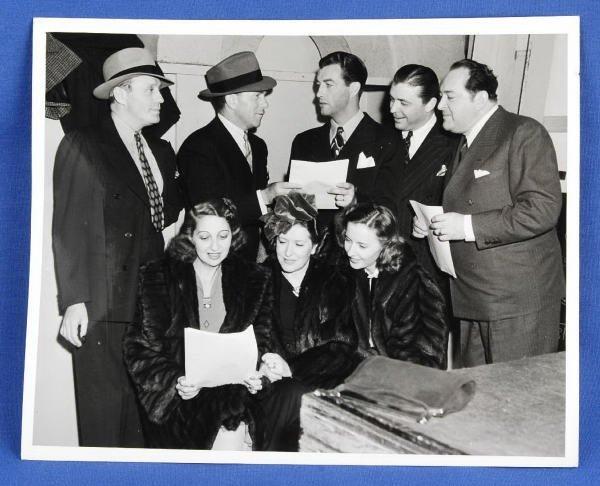 1593B: Vintage Photo Jack Benny George Burns Rob Taylor