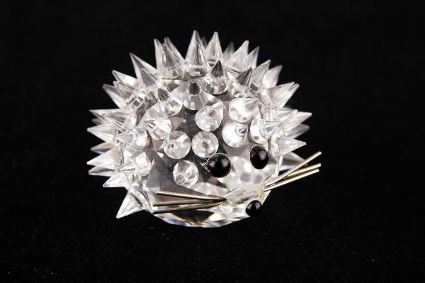 8A: Swarovski Crystal Small Hedgehog Metal Whiskers