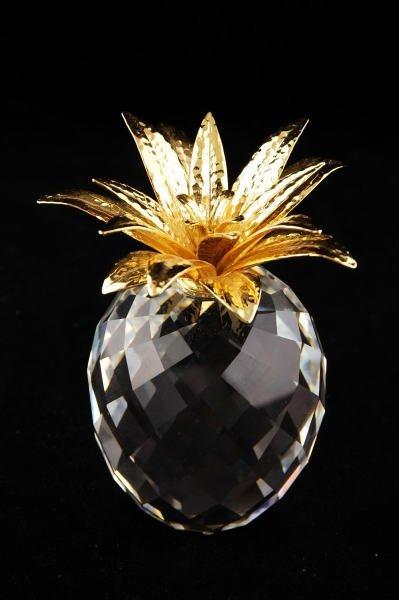 11B: Swarovski Crystal Large Gold Pineapple Hammered