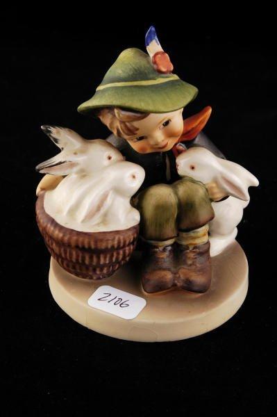 2106: Hummel Figurine Playmates 58/0 TMK 3