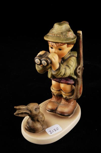 2120: Hummel Figurine Good Hunting 307 TMK 6