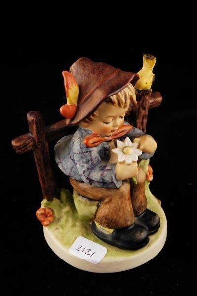 2121: Hummel Figurine She Loves Me, Not 174 TMK 5