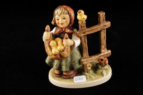 2124: Hummel Figurine Chicken-Licken 385 TMK 5