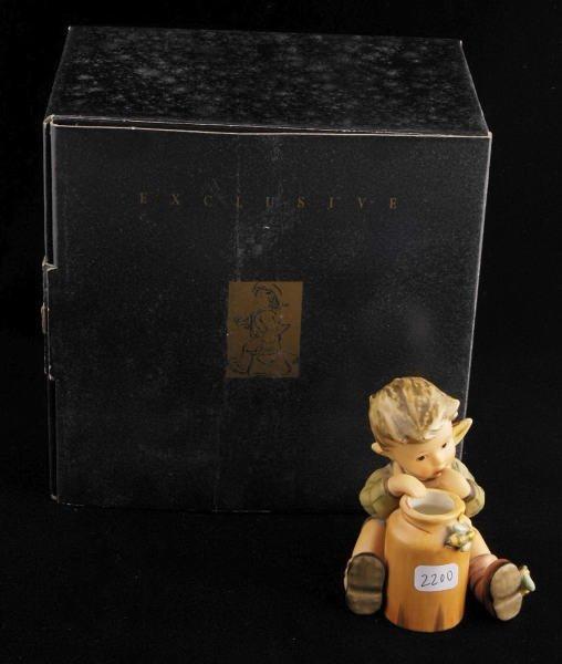 2200: Hummel Club Figurine Honey Lover 312/I TMK 7