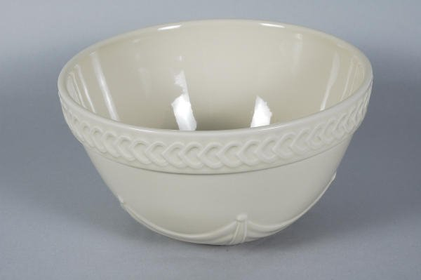 "1022: Longaberger ACO Pottery Collectors Club 10"" Bowl"