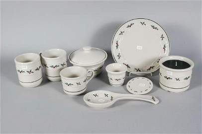 2054: 9 Longaberger Pottery Traditional Holly Pieces