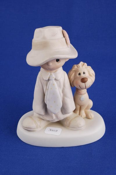 3003: Precious Moments Figurine To a Special Dad E5212