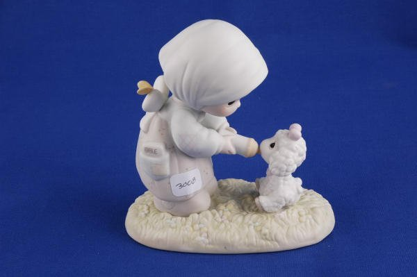 3008: Precious Moments Figurine Feed My Sheep PM871
