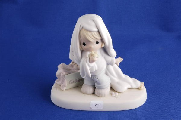 3014: Precious Moments Figurine June Calendar Girl