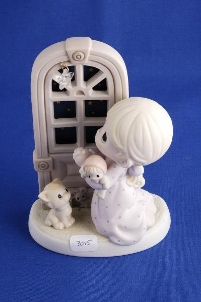 3015: Precious Moments Figurine Star of Wonder 4003169