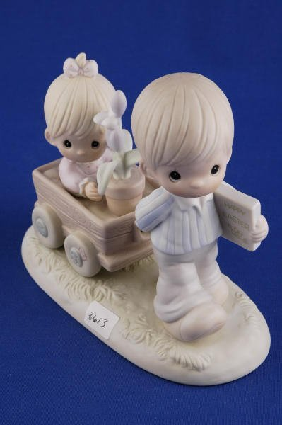3613: Precious Moments Figurine Easter's on its Way