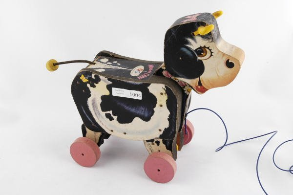 1004: 1955 Fisher Price Moo Cow #155 Pull Toy