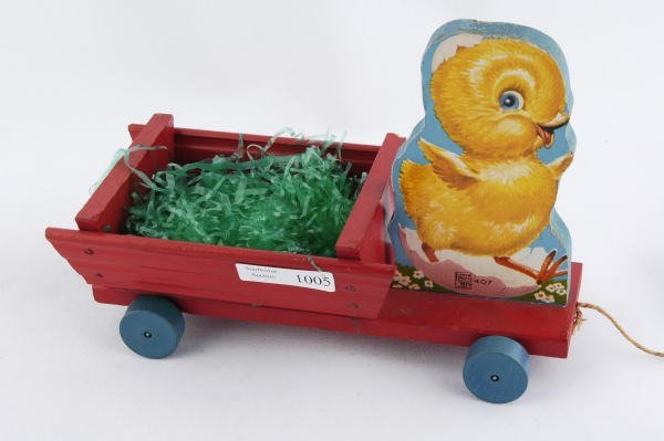 1005: 1950 Fisher Price Chick Cart #407 Pull Toy