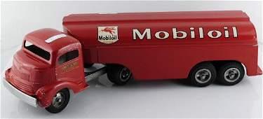 1101 Smitty Toys SmithMiller Mobil Gas  Oil Truck