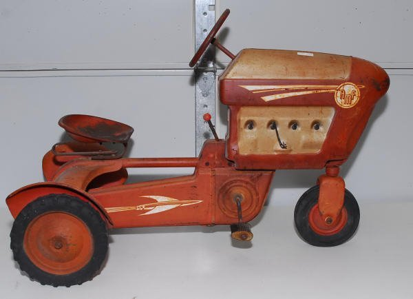 1519: Vintage AMF Red Pedal Car Tractor