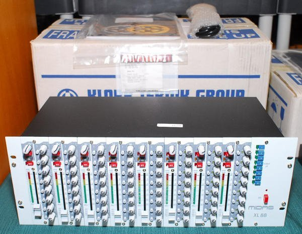 1620: Klark Teknik Midas XL 88 / 607 Matrix Mixer MIB