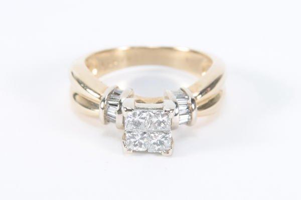 252: 14kt Gold & 4 Square Cut Diamonds Ring Sz 7.75