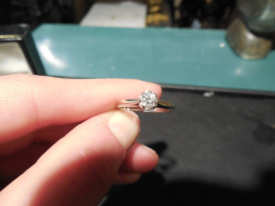 14 carat white gold Diamond Engagement Ring