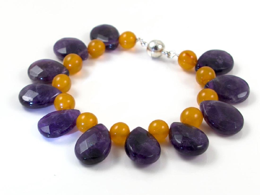 Baltic Amber bracelet with Amethysts